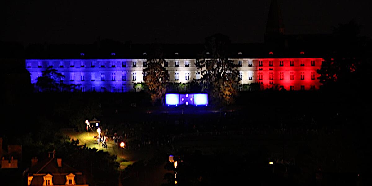 14 juillet 2021 - Montmorillon - Illumination de la façade de la Maison Dieu et Laser Show