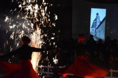 """Spectacle """"Péplum"""" de la Compagnie """"La Salamandre"""" et projection d'images de la Maison-Dieu sur écran (6x5m) - FEST'Hiver 2019 - Montmorillon (86)"""