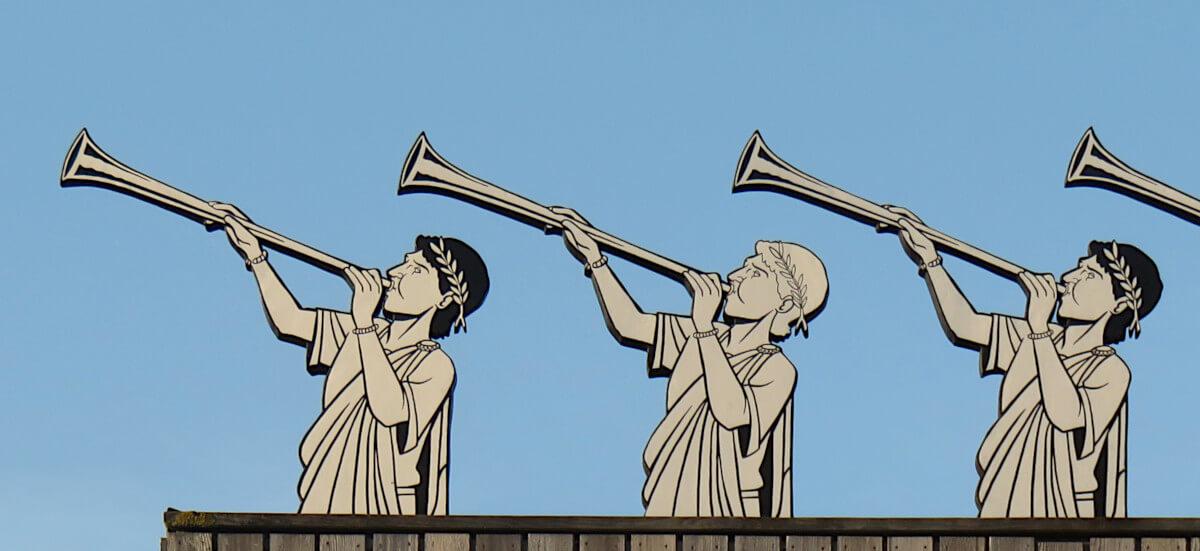 Sculptures de Tubicens d'après une illustration originale de Toma Danton - Soirée Antique 2019 - Tours Mirandes.